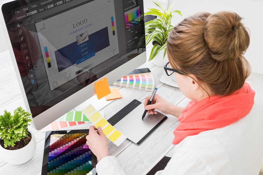 Welke beroepen kun je uitoefenen met een opleiding grafisch vormgever
